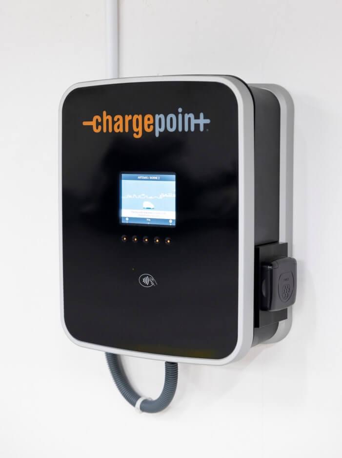 Borne de recharge charge point