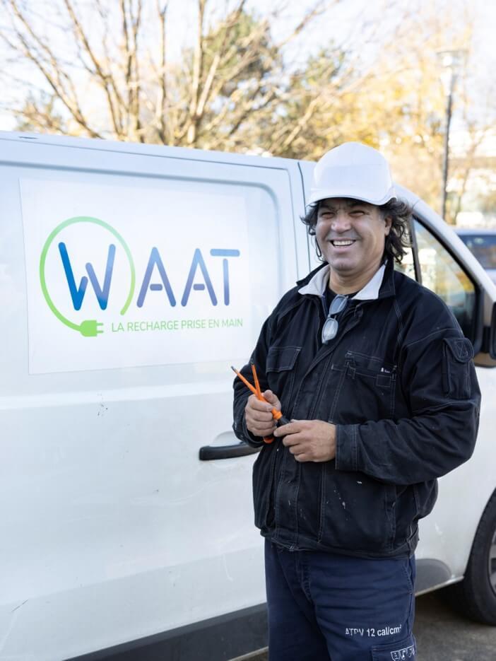 Technicien borne de recharge waat